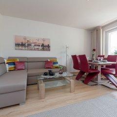 Апартаменты P&O Apartments Metro Imielin комната для гостей