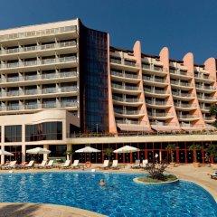 Отель Doubletree by Hilton Hotel Varna - Golden Sands Болгария, Золотые пески - 4 отзыва об отеле, цены и фото номеров - забронировать отель Doubletree by Hilton Hotel Varna - Golden Sands онлайн бассейн