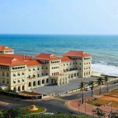 Отель Galle Face Hotel Шри-Ланка, Коломбо - отзывы, цены и фото номеров - забронировать отель Galle Face Hotel онлайн пляж фото 2