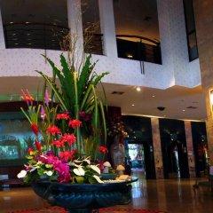 Отель Four Wings Бангкок интерьер отеля фото 3