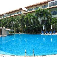 Апартаменты Baan Puri Apartments бассейн