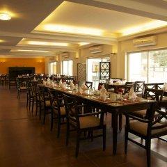 Отель Waterfront by KGH Group Непал, Покхара - отзывы, цены и фото номеров - забронировать отель Waterfront by KGH Group онлайн помещение для мероприятий фото 2