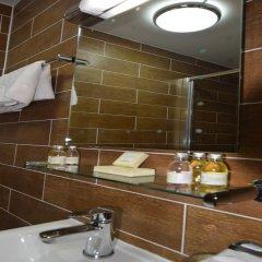 Отель Lucky 8 Лондон ванная фото 2