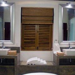 Отель Saffron & Blue - an elite haven ванная фото 2