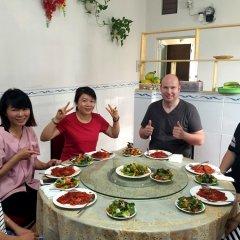 Отель Ba Dat Homestay Q6 питание фото 3