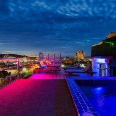 Отель VITS Patong Dynasty бассейн фото 2