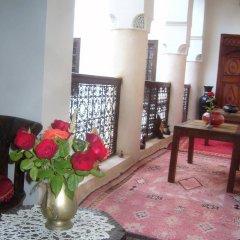 Отель Riad Jenaï Demeures du Maroc Марокко, Марракеш - отзывы, цены и фото номеров - забронировать отель Riad Jenaï Demeures du Maroc онлайн интерьер отеля фото 2