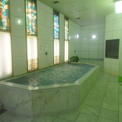 Отель Capsule and Sauna Century Япония, Токио - отзывы, цены и фото номеров - забронировать отель Capsule and Sauna Century онлайн бассейн
