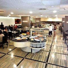 Отель Ohtels Playa de Oro Испания, Салоу - 7 отзывов об отеле, цены и фото номеров - забронировать отель Ohtels Playa de Oro онлайн питание