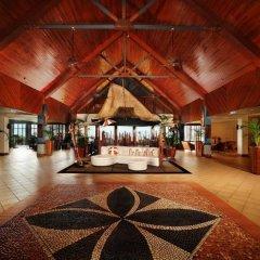 Отель Outrigger Fiji Beach Resort Фиджи, Сигатока - отзывы, цены и фото номеров - забронировать отель Outrigger Fiji Beach Resort онлайн интерьер отеля фото 2