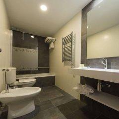 Отель Apolo Испания, Аинса - отзывы, цены и фото номеров - забронировать отель Apolo онлайн ванная фото 2