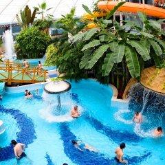 Отель Grand Hotel Aranybika Венгрия, Дебрецен - 8 отзывов об отеле, цены и фото номеров - забронировать отель Grand Hotel Aranybika онлайн бассейн