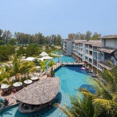 Отель Mai Khao Lak Beach Resort & Spa бассейн
