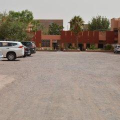 Отель Hôtel La Gazelle Ouarzazate Марокко, Уарзазат - отзывы, цены и фото номеров - забронировать отель Hôtel La Gazelle Ouarzazate онлайн парковка