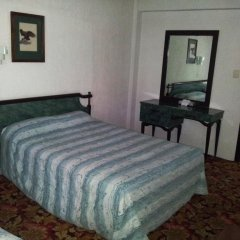 Отель Suites Madrid 11 Мексика, Мехико - отзывы, цены и фото номеров - забронировать отель Suites Madrid 11 онлайн комната для гостей фото 2