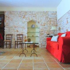 Отель Conte Orsini Suite Конверсано с домашними животными
