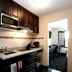 Отель Foxwood Inn & Suites Drayton Valley в номере