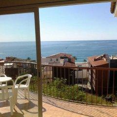 Отель Apartaments AR Muntanya Mar Испания, Бланес - отзывы, цены и фото номеров - забронировать отель Apartaments AR Muntanya Mar онлайн пляж