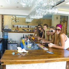 Glaros Hotel гостиничный бар