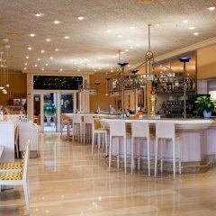 Отель Ayre Hotel Sevilla Испания, Севилья - 2 отзыва об отеле, цены и фото номеров - забронировать отель Ayre Hotel Sevilla онлайн гостиничный бар