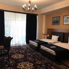 Отель Plaza Viktoria Армения, Гюмри - отзывы, цены и фото номеров - забронировать отель Plaza Viktoria онлайн комната для гостей фото 2