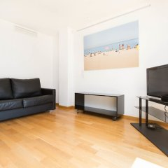 Отель AinB Sagrada Familia Apartments Испания, Барселона - 2 отзыва об отеле, цены и фото номеров - забронировать отель AinB Sagrada Familia Apartments онлайн комната для гостей фото 19