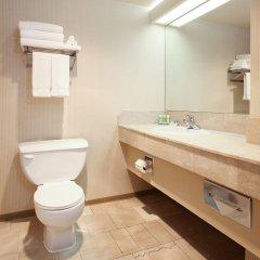 Отель Atrium Inn Vancouver Канада, Ванкувер - отзывы, цены и фото номеров - забронировать отель Atrium Inn Vancouver онлайн ванная фото 2