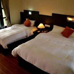 Отель Rhino Lodge & Hotel Непал, Саураха - отзывы, цены и фото номеров - забронировать отель Rhino Lodge & Hotel онлайн сейф в номере