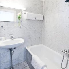 Отель Astoria Дания, Копенгаген - 6 отзывов об отеле, цены и фото номеров - забронировать отель Astoria онлайн ванная фото 2