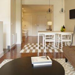 Апартаменты Duke Apartment by FeelFree Rentals комната для гостей фото 4
