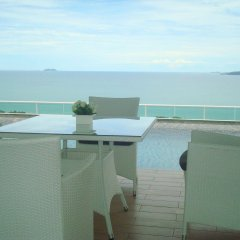 Отель The View Cosy Beach by Pattaya Sunny Rentals балкон