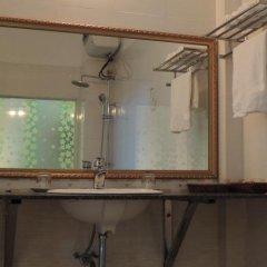 Huong Bien Hotel Halong ванная фото 2