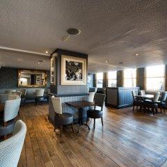 Отель Jurys Inn Edinburgh Великобритания, Эдинбург - 2 отзыва об отеле, цены и фото номеров - забронировать отель Jurys Inn Edinburgh онлайн интерьер отеля фото 3