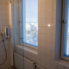 Отель Töölö Towers Финляндия, Хельсинки - отзывы, цены и фото номеров - забронировать отель Töölö Towers онлайн ванная