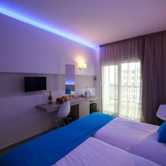 Les Palmiers Beach Hotel in Larnaca, Cyprus from 124$, photos, reviews - zenhotels.com spa