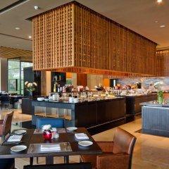Отель Phuket Panwa Beachfront Resort питание