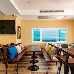 Отель Maneeya Park Residence Бангкок интерьер отеля