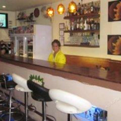Отель Daughter Guesthouse гостиничный бар