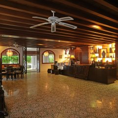 Отель Sino House Phuket Hotel Таиланд, Пхукет - отзывы, цены и фото номеров - забронировать отель Sino House Phuket Hotel онлайн интерьер отеля