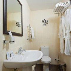 Гостиница Top Hill в Краснодаре 8 отзывов об отеле, цены и фото номеров - забронировать гостиницу Top Hill онлайн Краснодар ванная