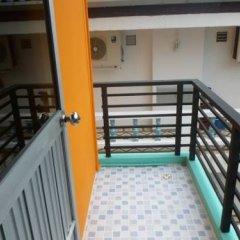 Отель Orange House бассейн