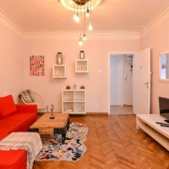 Отель FM Deluxe 2-BDR Apartment - La La Land Болгария, София - отзывы, цены и фото номеров - забронировать отель FM Deluxe 2-BDR Apartment - La La Land онлайн фото 4