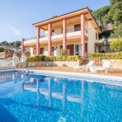Отель Villa Maer Бланес бассейн