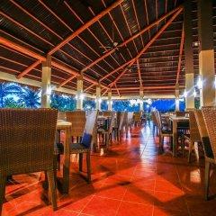 Отель Bohol Beach Club Resort гостиничный бар