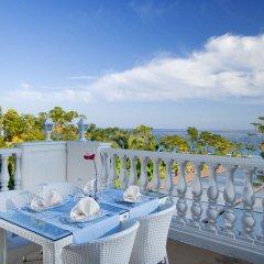 Amara Dolce Vita Luxury Турция, Кемер - 6 отзывов об отеле, цены и фото номеров - забронировать отель Amara Dolce Vita Luxury онлайн балкон