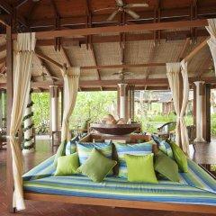 Отель Royal Island Resort And Spa фитнесс-зал фото 2