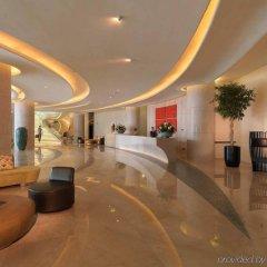 Отель Hilton Capital Grand Abu Dhabi ОАЭ, Абу-Даби - отзывы, цены и фото номеров - забронировать отель Hilton Capital Grand Abu Dhabi онлайн интерьер отеля фото 2