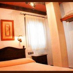 Отель Hostal Torre de Guzman Испания, Кониль-де-ла-Фронтера - отзывы, цены и фото номеров - забронировать отель Hostal Torre de Guzman онлайн комната для гостей фото 3