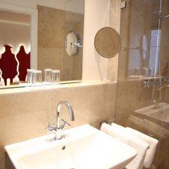 Отель Drei Raben Германия, Нюрнберг - отзывы, цены и фото номеров - забронировать отель Drei Raben онлайн ванная