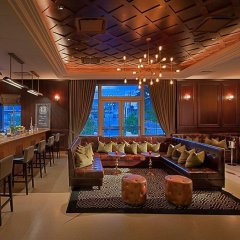 Отель Gale South Beach, Curio Collection by Hilton гостиничный бар